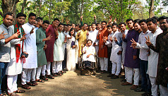 Newly-elected Ducsu committee at Ganabhaban...