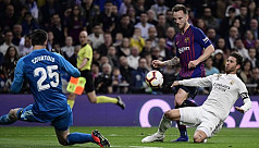 Barcelona beat Real Madrid to edge closer...