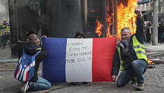 French violence flares as yellow vest...