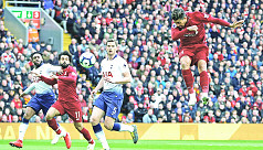 Liverpool top after vital Spurs