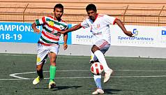 Wari edge Swadhinota in Championship...
