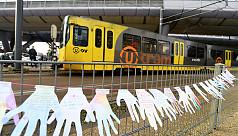 Dutch police arrest new tram attack...