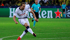 Kane fires Spurs into Champions League...