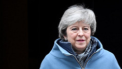 May risks defeat in historic Brexit...