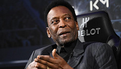 Pele leaves Brazil hospital after successful...