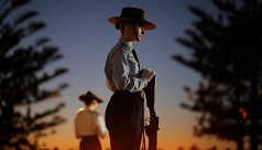 Thousands gather for Anzac Day in Australia,...