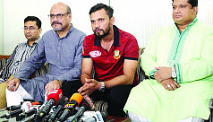 Mashrafe returns to Dhaka for a short...