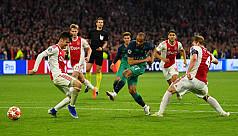 Moura hat-trick flattens Ajax to put...