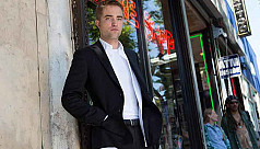Robert Pattinson tipped to play...