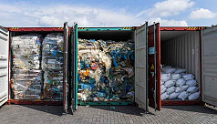 Criminal recycling scams 'profit from plastic waste surge'