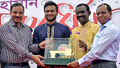 Shakib overwhelmed with reception in...
