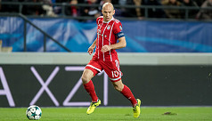 Robben announces retirement from...