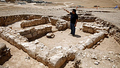 Archaeologists find mosque from when...