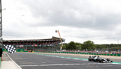Hamilton takes record sixth British...