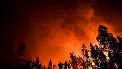 1,300 firefighters battle Portugal...