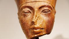 Tutankhamun relic sells for $6m in London...