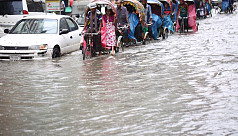 Heavy rainfall inundates Dhaka, disrupts city life