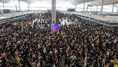 Hong Kong airport shut down amid sit-in protest
