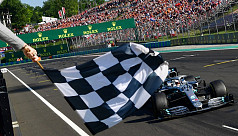 Hamilton wins in Hungary after hunting...