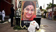 Sushma Swaraj cremated with state honours in New Delhi