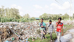 Commuters, pedestrians suffer due to ill-planned dumping station