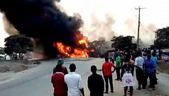 19 killed in Uganda fuel truck blast