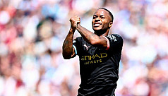 Guardiola: Sterling not on same level...