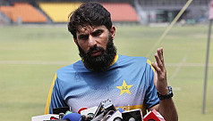 Misbah calls on cricket rivals to tour Pakistan