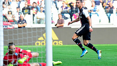 Ronaldo helps ease Juventus past SPAL...