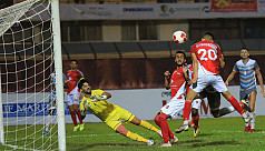 Kings beat 9-man Chennai in 4-red card...