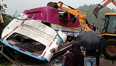 8 killed, over 30 injured in bus-car...