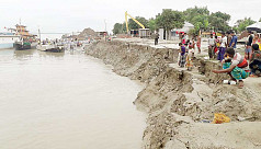 Padma swallows three ferry jetties at Daulatdia
