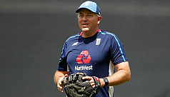 Silverwood replaces Bayliss as England...