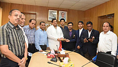 Taekwondo players felicitated after...