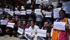 Kashmir journalists protest two-month 'blackout'