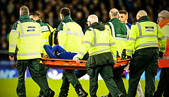 Everton's Gomes to have surgery on broken...