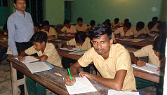 58 students attend JSC exam at night