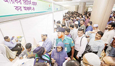 Tax fair begins amid huge response