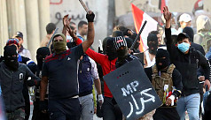 Iraqi forces kill 3 protesters, cleric warns of crisis