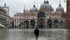 Venice hit by another high tide, worst week in 150 years