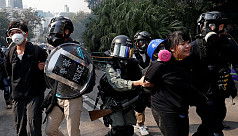 Hong Kong protesters pinned back on campus amid fears of crackdown