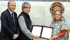 PM receives two ITU Telecom World awards