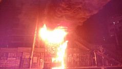 Fire guts Panthapath foot overbridge