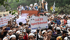 Clashes erupt in Delhi over citizenship law