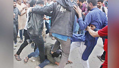 15 injured as DU protest on Indian CAA...