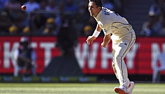 New Zealand pace spearhead Boult fractures...