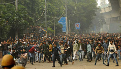 Violent protests rage in India for 4th...