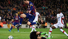 Messi nets hat-trick as Barca rout...