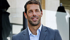 Van Nistelrooy roped in as Dutch assistant...