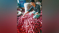 Per kg onion air fare Tk150, says...